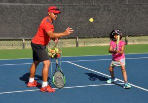 kids private tennis lessons